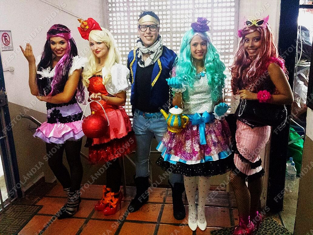 Personagem para festa infantil Ever after high