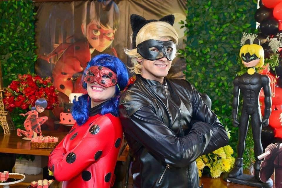 Miraculous LadyBug Catnoa catnue Ladybug et Chat Noir